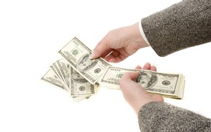 Выплата предоплаты и дальнейший обмен приобретенного товара на деньги