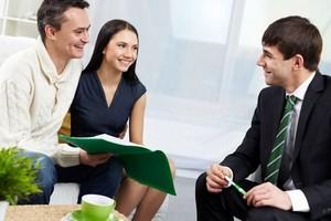 Как осуществить сделки по покупке или продаже недвижимости?
