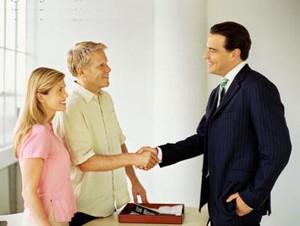 Как переоформить недвижимость с одного собственника на другого?