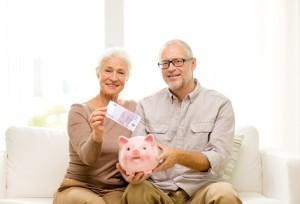 Платят ли пенсионеры земельный налог